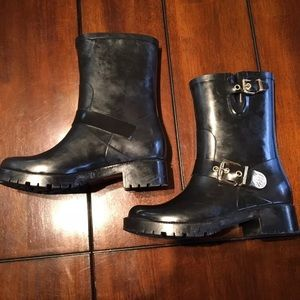 Vince Camuto size 7 black hinch mid calf boots